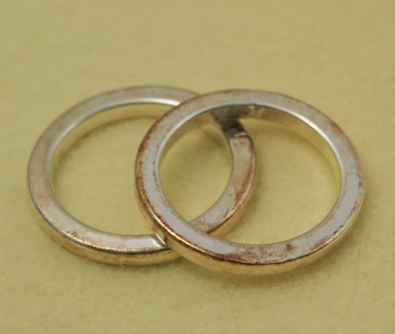 how to prevent and remove tarnish from jewelry